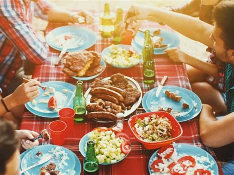 summer reading barefoot contessa parties popsugar food summer party mistakes food network summer party ideas
