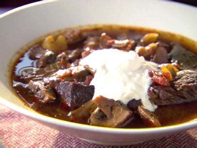 alton brown beef stew horseradish cream sauce recipe alton brown food network