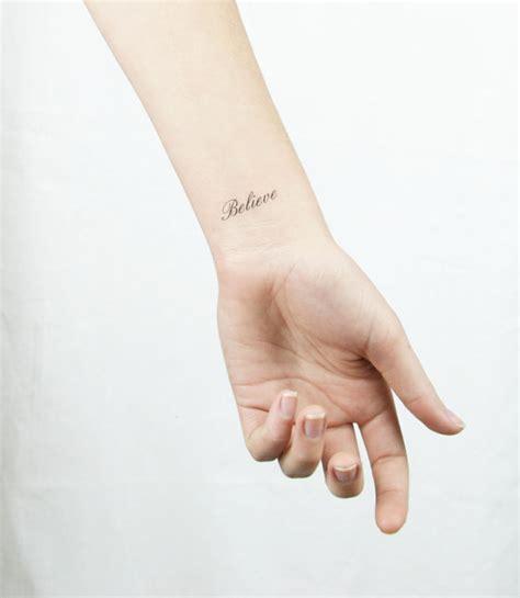 Topi Fashion Kpop Letter Simple pourquoi pas un tatuaje temporal pourquoi moi