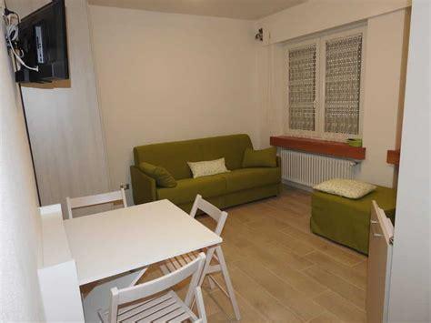 affitto privati confortevoli appartamenti in affitto vicino a pesariis