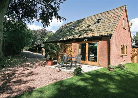 friendly cottages somerset