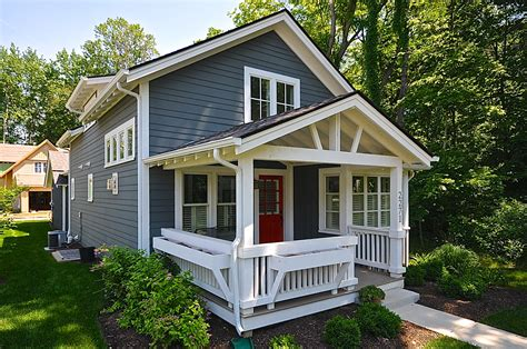 blue house with red door blue house with the red front door small living pinterest with top red door grey