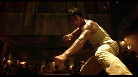 film action ong bak 1 dan chupong kiai kick