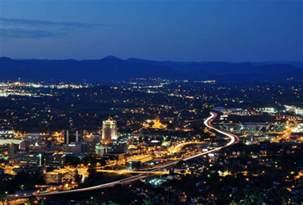 lights in roanoke va the world s largest light up is in virginia