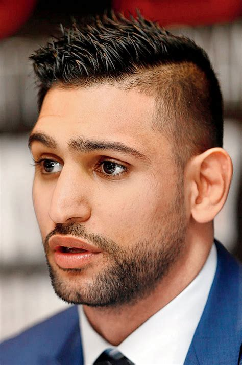 i want to fight vijender singh in india says amir khan