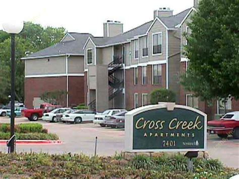 1 bedroom apartments in plano tx cross creek plano 913 for 1 2 3 bed apts