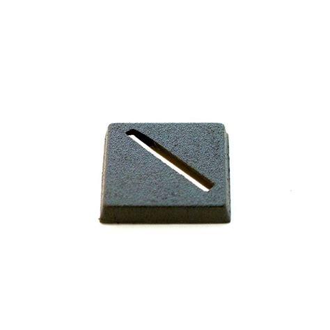 Dadu Dice Plastik 1 X 1 Mm 1 x plastic square slotted base 20x20mm