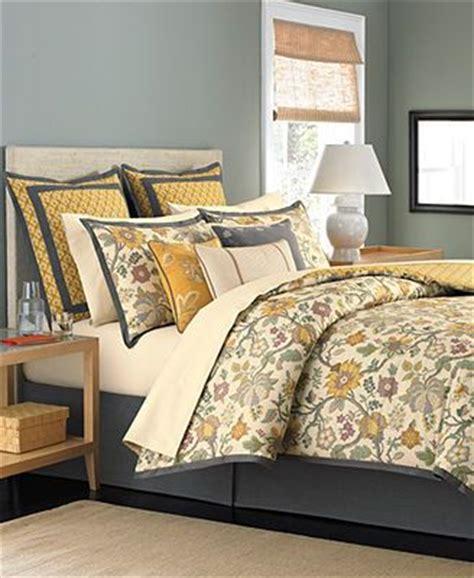 martha stewart bedroom furniture larousse queen 3 piece master bedroom martha stewart collection bedding provence
