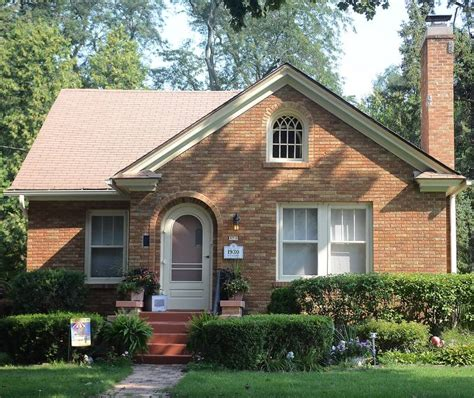 secret window house find out why small is beautiful on 34th annual historic elgin house tour