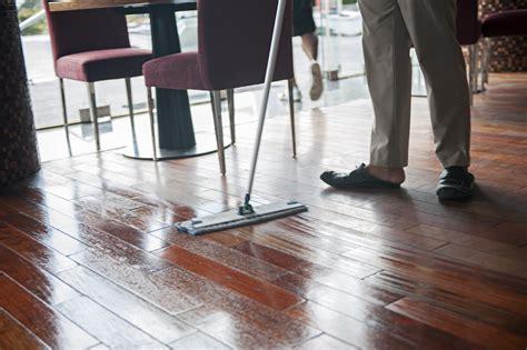 hardwood floor drying 8 steps for drying hardwood floors certified restoration