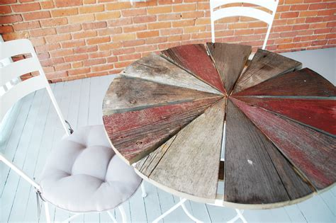Weekend Diy Project Rustic Wood Patio Table Diydiva Diy Patio Table Top