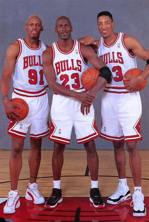 imagenes de jordan pippen y rodman today in nba history 1996 bulls go 72 10 jordan wins 8th