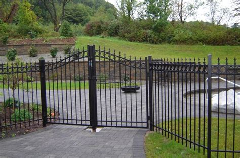 cheap fence ideas wholesale elite aluminum fence gates discount fence supply fence