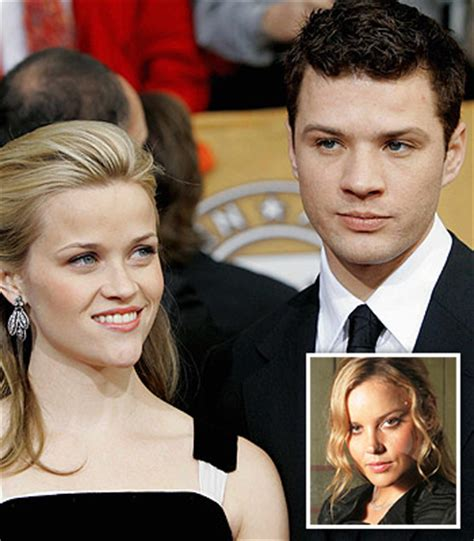 Breaking Resse Witherspon Phillippe Split by Reese Witherspoon Phillippe Divorce Reason
