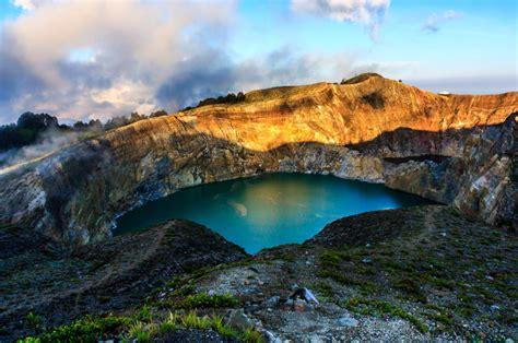 Di Indonesia danau kelimutu flores danau terindah di indonesia dan luar negeri wisata terindah 2018