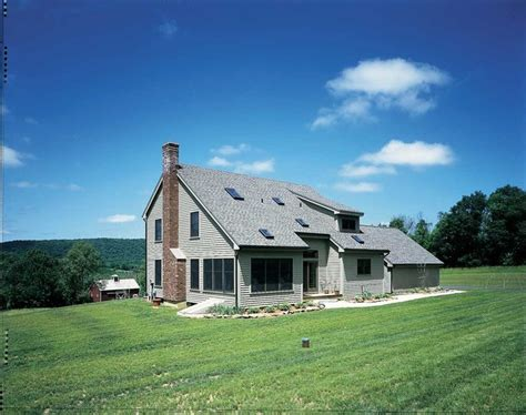 a modern new york salt box drawing on colonial and shaker modern saltbox house plans