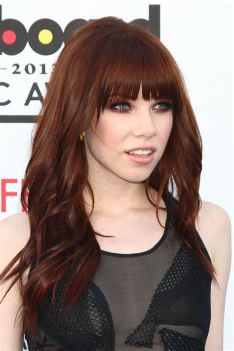 carly hair pic carly rae jepsen wavy auburn straight bangs hairstyle