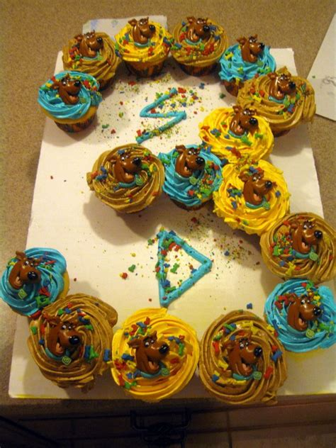scooby doo colors scooby doo cupcakes but wanted scooby doo i used the