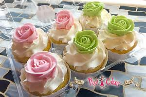 custom cupcakes liners buttercream rose swirls towers birthdays weddings baby showers