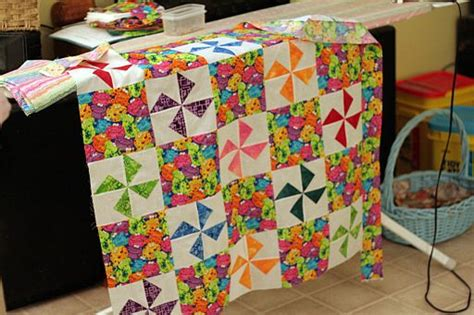 How To Make A Handmade Quilt - how to make that unique handmade baby quilt for a shower gift