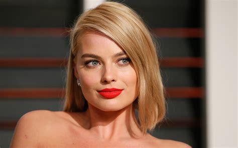 blonde girl with red lipstick download 2560x1600 margot robbie blonde red lipstick