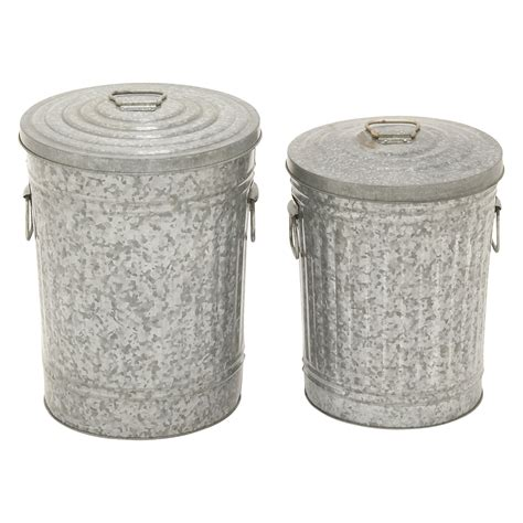 backyard garbage cans decmode shabby chic metal trash cans set of 2 outdoor