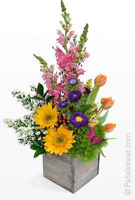 diy mothers day arrangements flower arranging pinterest flower arrangements mothers day flowers and flower on