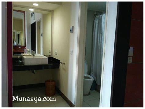 Sikat Toilet Hijau Putih review hotel kartika graha kota malang coretan dari desa