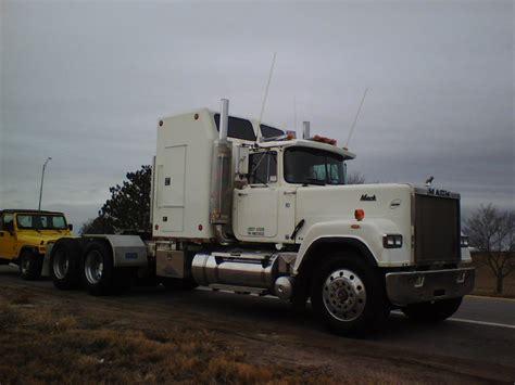 92 superliner trucks for sale bigmacktrucks