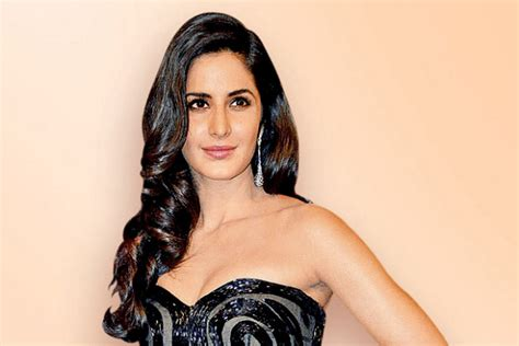 film phantom adalah wow phantom katrina kaif sukses tembus box office india