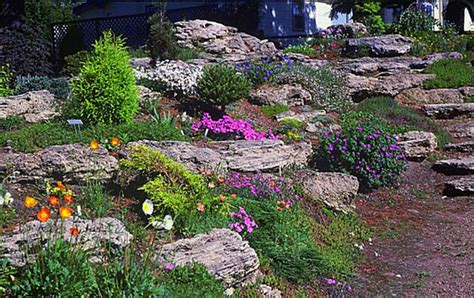 Pictures Of Rock Gardens Landscaping Backyard Landscaping With Sloping Yards Large Boulders