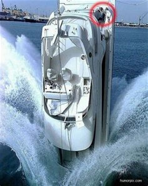 crash boat ricardo s hydroplane crash not a good day at the races pinterest