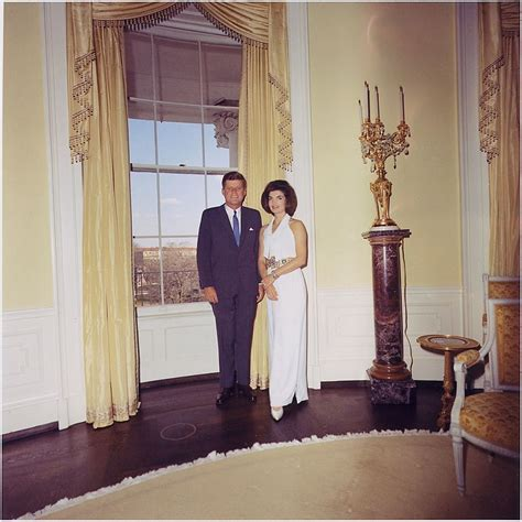 yellow oval office file president and first lady portrait photograph