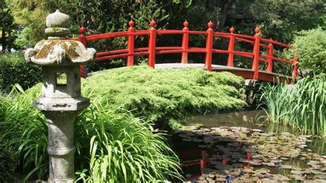 japanse tuin planten kopen simple kleine vijvertjes en brugjes rustige bomen perfect