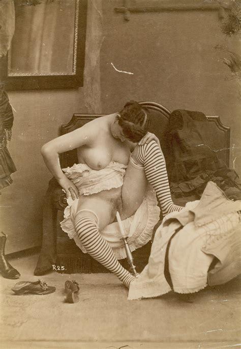Photo ofsex in war