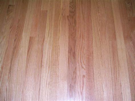 Oak Flooring Vs White Oak by Oak Vs White Oak Hardwood Flooring What S The Difference