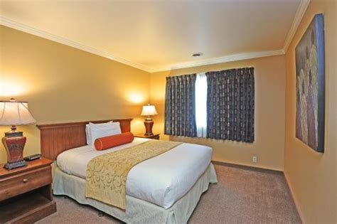 2 bedroom suites in south lake tahoe 2 bedroom suite picture of forest suites resort at