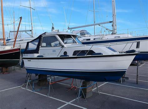 hardy seawings  diesel power    boats  sale