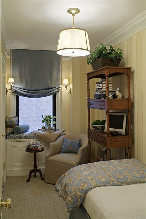 narrow bedroom 17 best images about long narrow rooms on pinterest