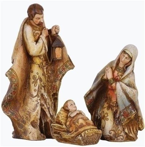 discount nativity 04 2010