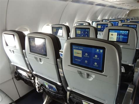 airbus a321 cabin layout jetblue airways fleet airbus a321 200 details and pictures