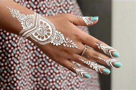 henna tattoo wie lange haltbar die besten 25 henna auf der ideen auf
