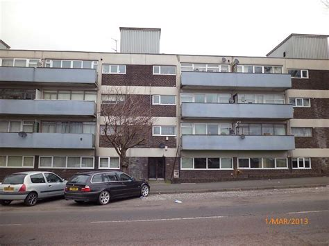rent a room in newcastle upon tyne 1 bedroom apartment to rent in moorside court cowgate newcastle upon tyne ne5