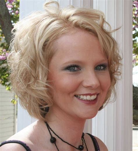 haircuts to soften the face 17 best images about short curly hair on pinterest