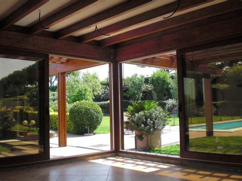 tettoie in legno chiuse verande chiuse in legno affordable verande e gazebi in