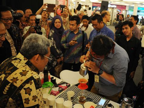 West Java Pasundan Honey bangga kopi indonesia dengan west java coffee festival 2016 mldspot