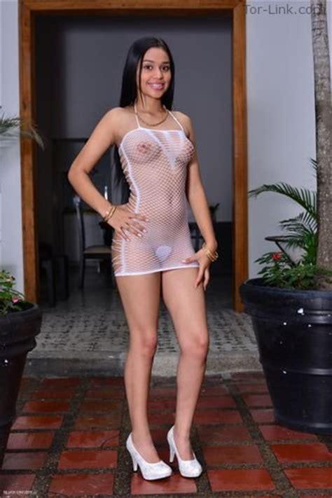 silver Dreams Teen Latina Photomodels Page 15