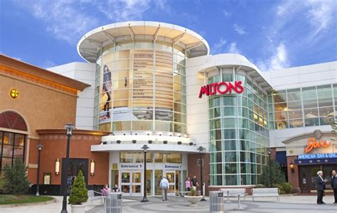 more store space for the palisades center commentary the 10 largest malls on the east coast of the united states