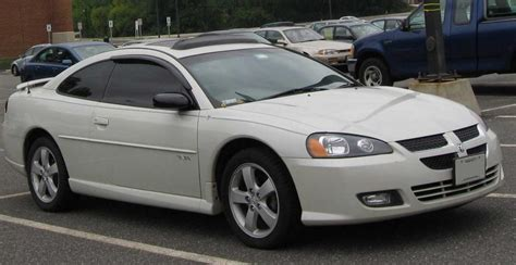 i drive a dodge stratus 2004 dodge stratus information and photos zombiedrive