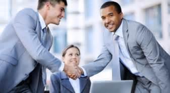 colloquio di lavoro in 10 spunti per il look perfetto al colloquio di lavoro